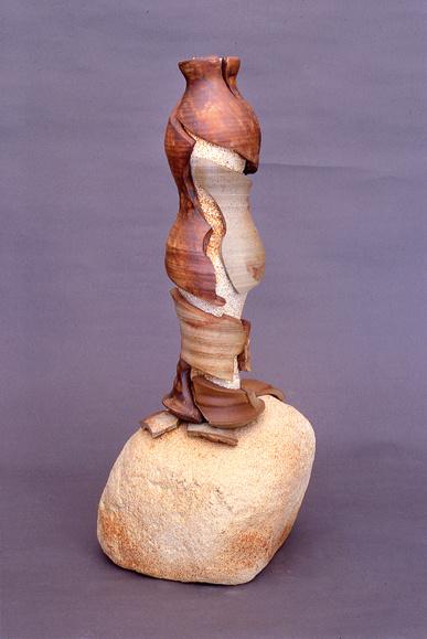 A-M Tremblay. Nymphe. 2003. 53x23x20 cm bétonique and stoneware. photo A-M Tremblay.