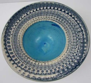 Robin Hopper, Feather Bowl Medium: glazed ceramic. Dimensions: 11.4 x 26.7 x 26.7 cm. Permission of the artist. Photo by Judi Dyelle