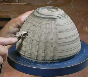 Robin Hopper fluting a bowl