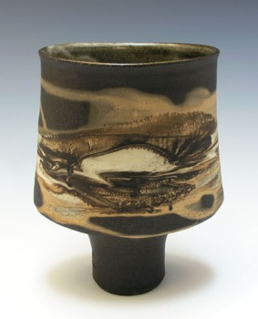 Robin Hopper Mocha Diffusion Bowl on Foot. Permission oRobin Hopper. Footed Vase.1978. Black porcelain with mocha diffusion;, gas fired cone 9; 17.8 tall x 12.7 wide x 7.6 cm deep. Photo: Judi Dyellef the artist. Photo by Judi Dyelle
