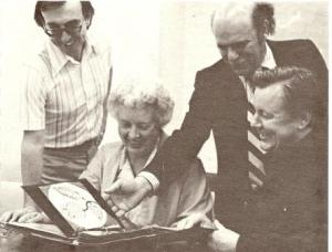 The Four Jurors for the 1979 Bronfman Award. Left to Right: Barry Morrison, Director, Walter Phillips Gallery, Banff Centre; Joyce Chown, weaver, Arnprior, ON; Peter Swann, Executive Director of the Bronfman Family Foundation; and Orland Larson, Canadian Crafts Council President. Artisan News, May-June 1979.