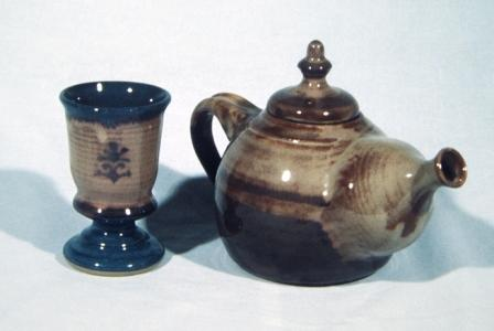 Brendan Tang. Teapot and Goblet, 1995