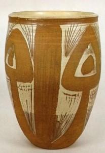 Walter Dexter. Vase. 34.5 cm x 23.7 cm