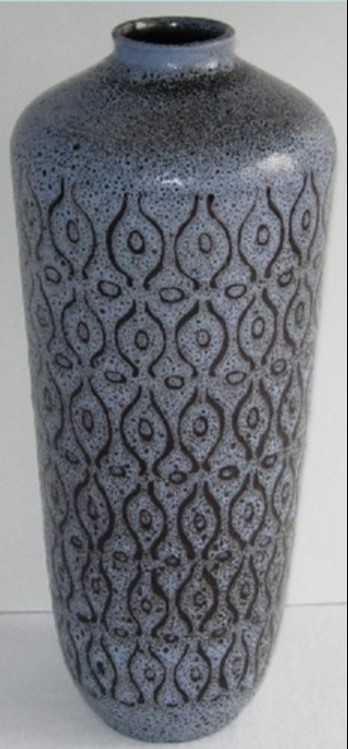Jean Cartier Vase. Undated. AntiquePromotion.com Photo: Dedale