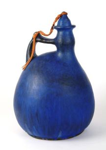 Jan Grove. Pottery:Jug, cobalt blue glaze, 1967 High fired earthenware (appeared at Expo 67) Credit: The Expo 67 Canadian Craft Collection, Confederation Centre Art Gallery, CM-67-1-22-a-b Photo: Robert Matheson