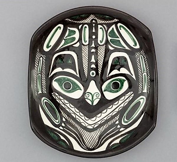 David Lambert. c.1960. Small glazed white clay plate with Dragonfly design (#29) UBC Museum of Anthropology Collection. Raymond Tetsuo Sato Collection. Photo Kyla Bailey