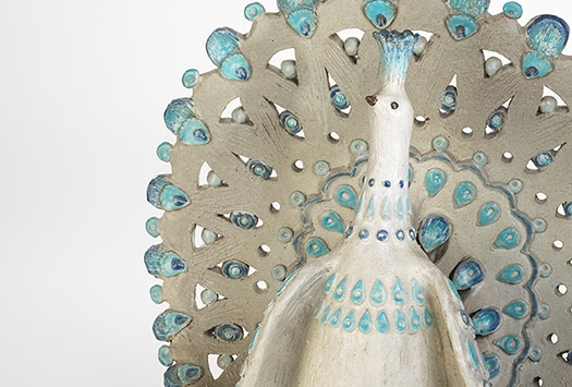 Thomas Kakinuma, Peacock (detail), glazed ceramic, 1963. Photograph by Ken Mayer Studios, 2018