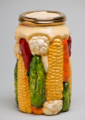 Victor Cicansky. Mixed Pickles. 2010. Clay, glaze. 18.7 x 10.8 cm.
