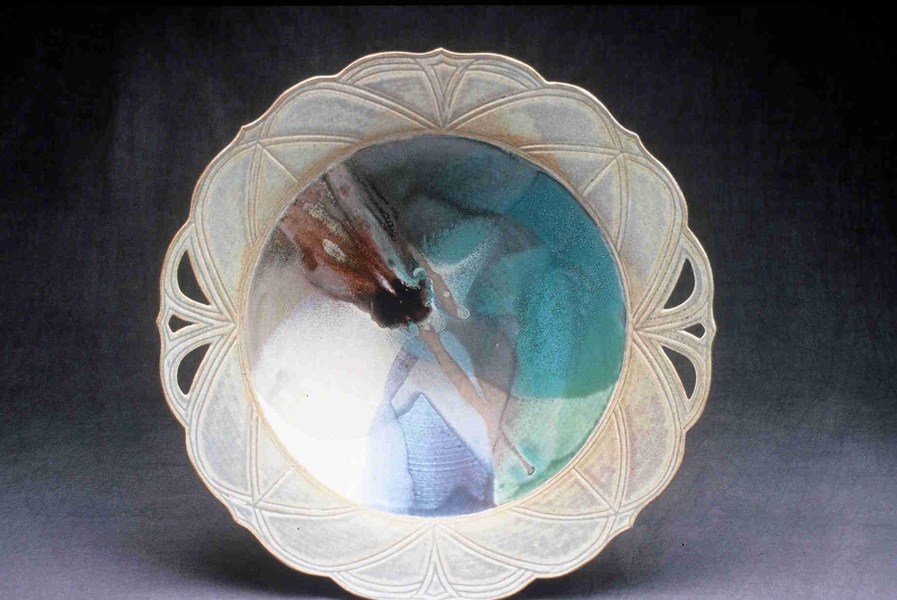 Valerie Metcalfe. 2000. Cathedral bowl. Porcelain, 45.7 cm w x 11.4 cm deep..