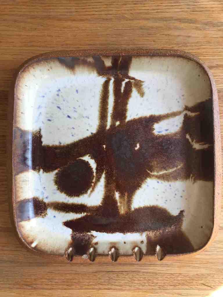 Les Manning. 1966-68. Ashtray, Ceramic Arts Calgary. Stoneware. Photo credit Duncan Farnan.